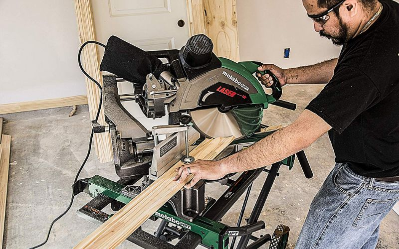 Metabo HPT 12 inch sliding compound miter saw