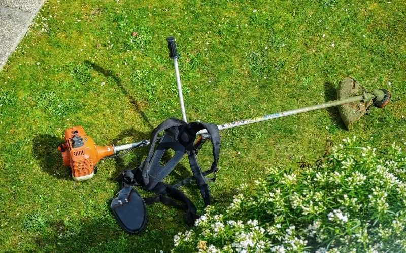 types of weed trimmers