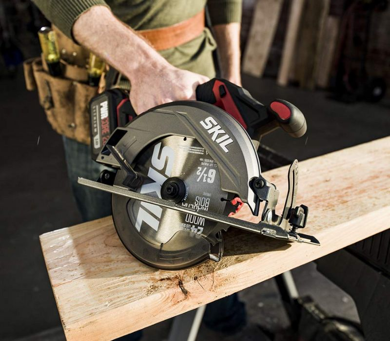 Skil battery powered circular saw