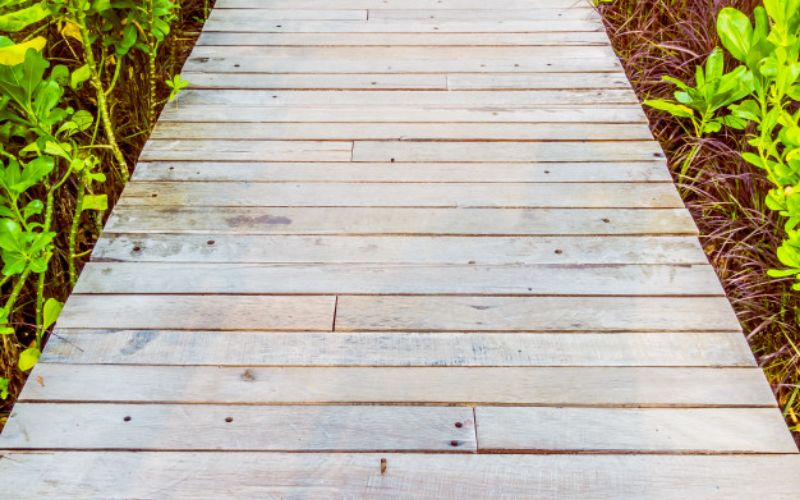 make garden walkway with scrap wood