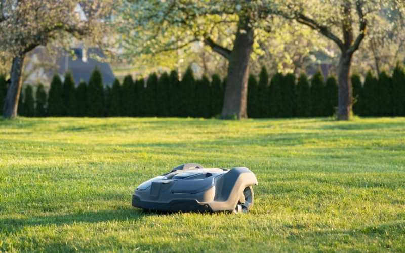 best robotic lawn mower machines