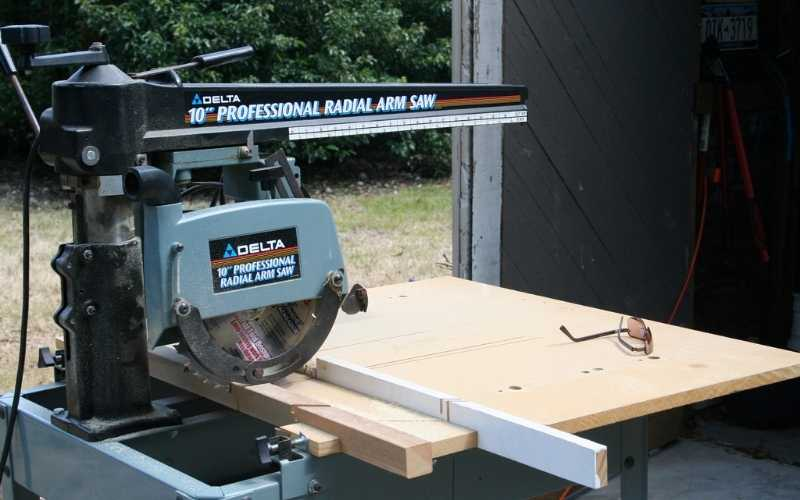 Should You Still Get A Radial Arm Saw?