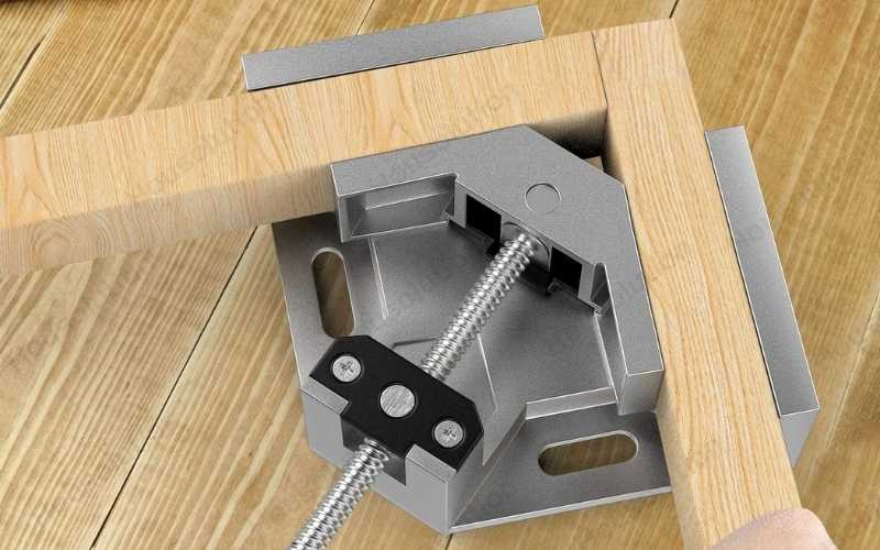 right angle clamp for woodworking