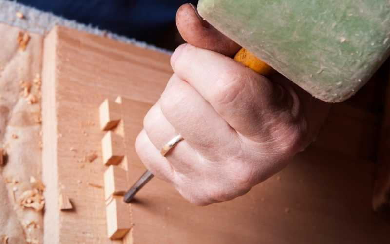 hand-making dovetail joinery