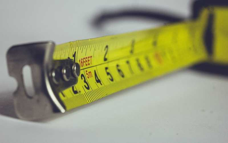 11 Essential Measuring Tools And Instruments For Craftsmen