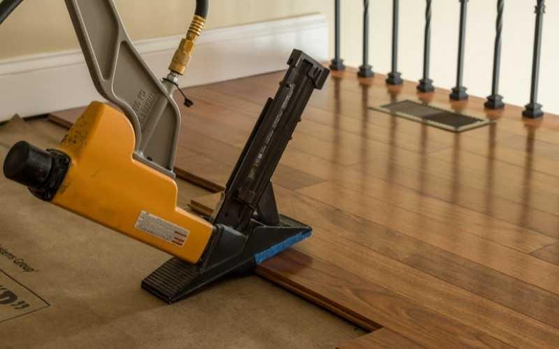 pneumatic flooring nailer